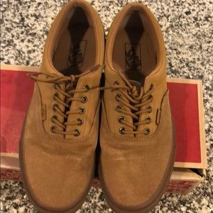 7e36039af3ab1a Vans Shoes - Men Croc suede  buck Era Vans
